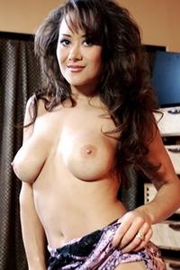 Азия Каррера